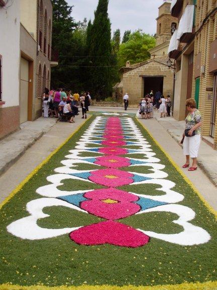 Alfombras florales en rivas blog mariadel - Alfombras dibujos geometricos ...